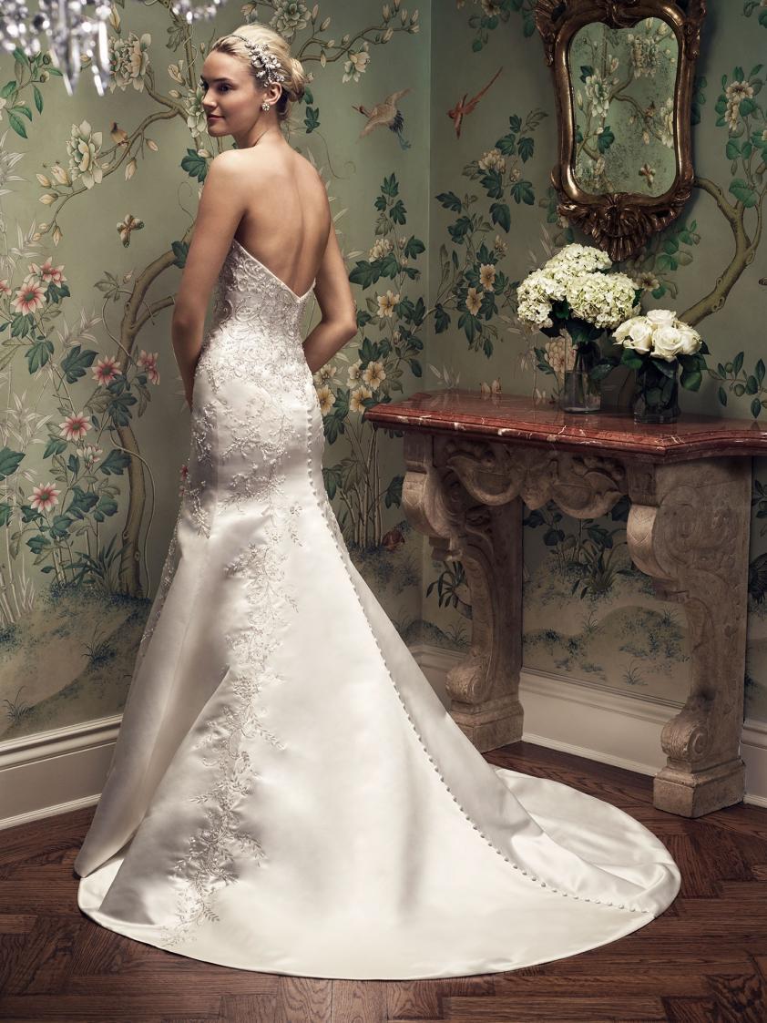 Wedding Dress 8776 - Dominique Levesque Bridal