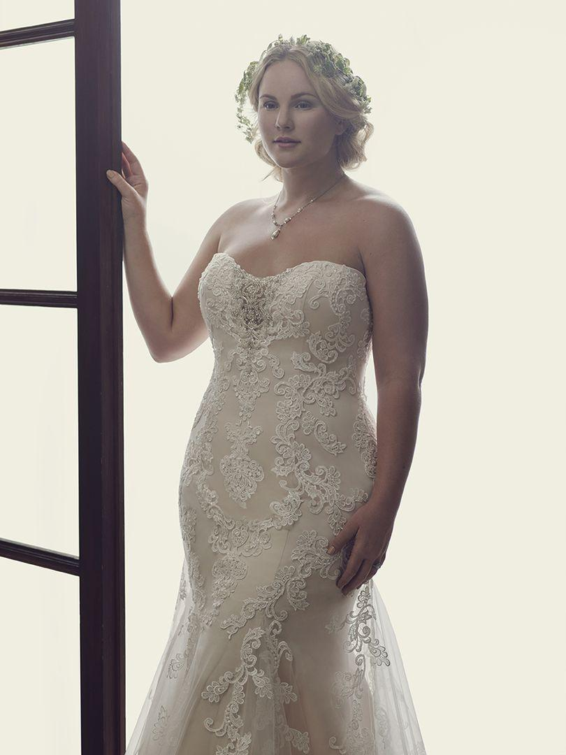 Wedding Dress 8959 - Dominique Levesque Bridal
