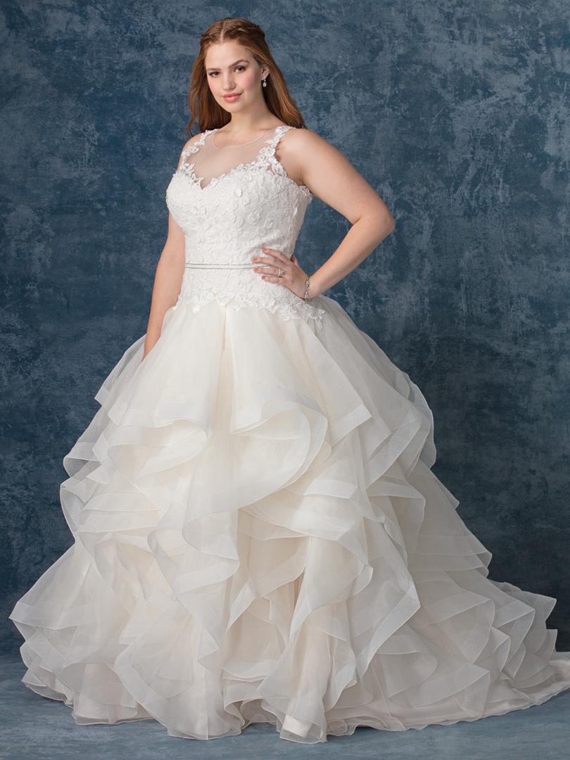 Wedding Dress 9471 - Dominique Levesque Bridal