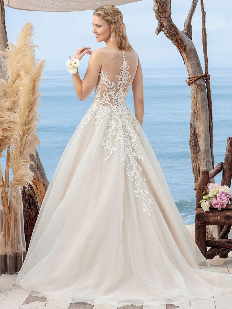 Wedding Dress 9821 - Dominique Levesque Bridal