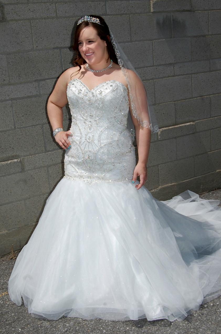 Wedding Dress 8351 - Dominique Levesque Bridal
