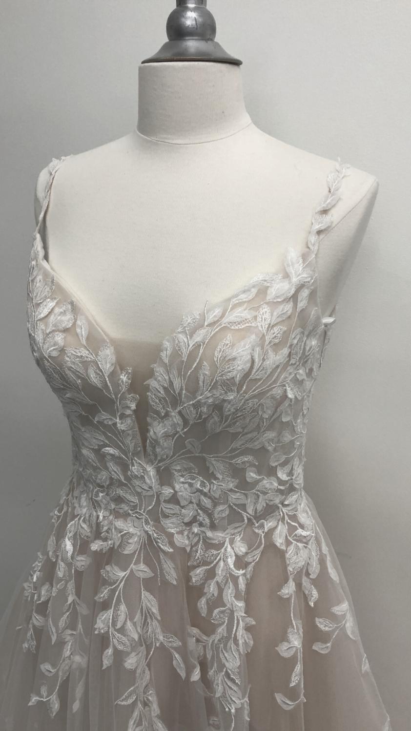 Wedding Dress Melody - Dominique Levesque Bridal