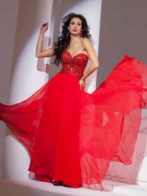 Wedding Dress 8307 - Dominique Levesque Bridal