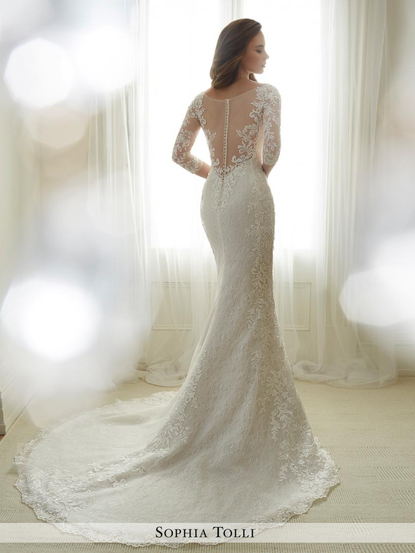 Wedding Dress 9229 - Dominique Levesque Bridal
