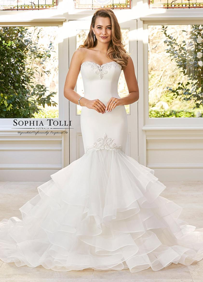 Wedding Dress ST74911YBG - Dominique Levesque Bridal
