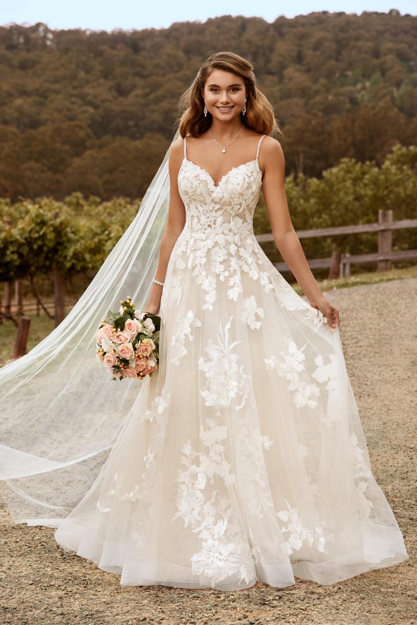 Wedding Dress ST15022YBG - Dominique Levesque Bridal