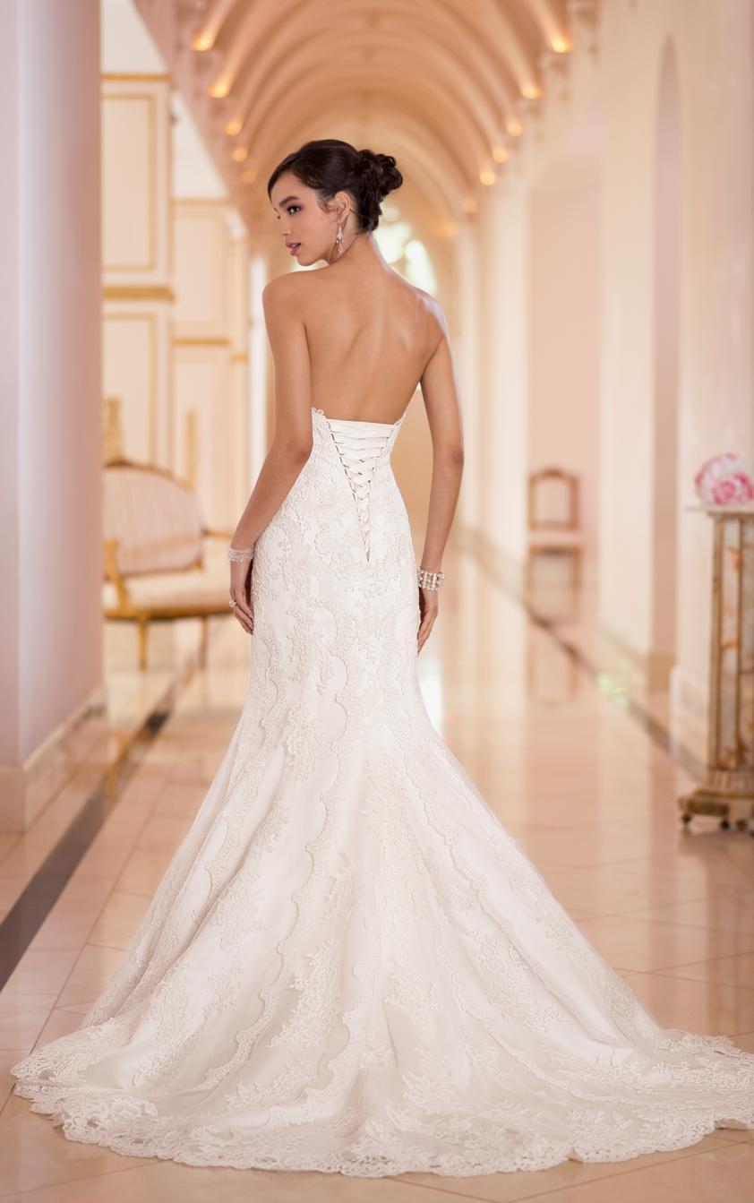 Wedding Dress 8170 - Dominique Levesque Bridal