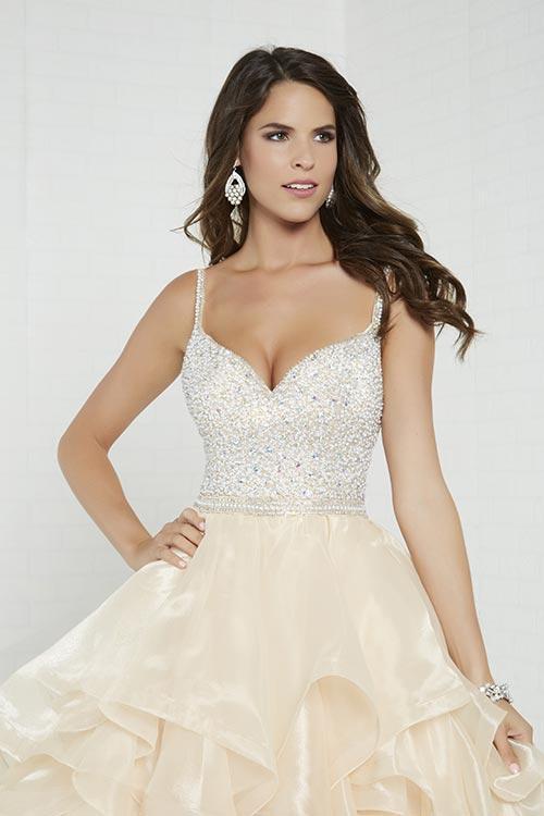 Wedding Dress 9524 - Dominique Levesque Bridal