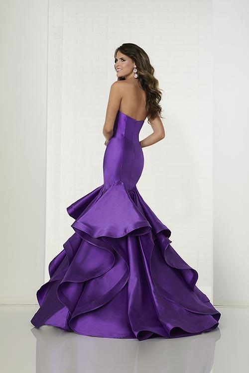 Wedding Dress 9514 - Dominique Levesque Bridal