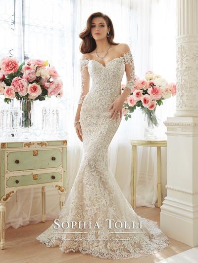 Wedding Dress 8930 - Dominique Levesque Bridal
