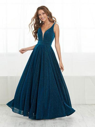 Wedding Dress EMJB32461PROM - Dominique Levesque Bridal
